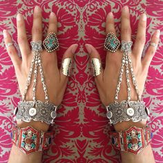 Woow! In love with these jewels!!!