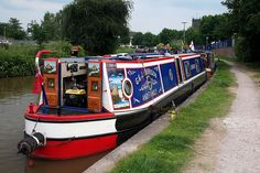 Canal Boat near the Big Lock, Middlewich 2006 Canal Barge, Canal Boat, Michael Church, St Michael, Steam Boats, Boat Stuff, Gypsy Life, Narrowboat, Places Of Interest