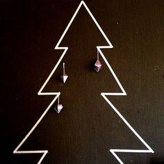 Leuk, zo'n kerstboom van washi tape! Wij hebben ons laten inspireren door onze instagram fan Enstijl.