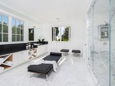 Take a tour of Michael Strahan's new $17 million Los Angeles Mansion ~ Luxury Ideas