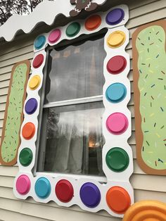 Christmas decoration gingerbread house diy cookie shutters, and frosting and candy window frame Candy Land Christmas, Grinch Christmas Decorations, Gingerbread Decorations, Christmas Gingerbread House, Christmas Themes, Christmas Holidays, Candy Decorations, Gingerbread Houses, Christmas Parties