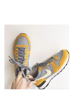 Internationalist Nike via bonny.