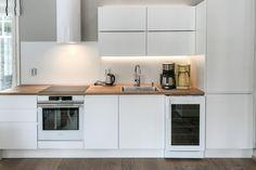 I-KEITTIÖ kuvia 2 – Puustellin Keittiögalleria Kitchen Cabinets, Home Decor, Decoration Home, Room Decor, Cabinets, Home Interior Design, Dressers, Home Decoration, Kitchen Cupboards