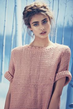 Taylor Marie Hill. Love her hair style
