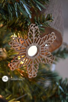 DIY Mirrored Filigree Ornaments #michaelsmakers