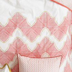 The Jay St Block Print Company - Our Ashland duvet close-up. This beautiful coral duvet is perfect for your Spring bedroom. Bed Company, Romantic Bedrooms, Natural Bedding, Western Homes, Printing Companies, Cotton Bedding, Colour Inspiration, Jay