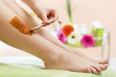 Comment éliminer les poils naturellement ? Découvrez l'épilation fait-maison !