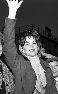 Priscilla Beaulieu, March 2, 1960 - Elvis leaving Germany.