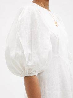 Beach Wear Dresses, White Maxi Dresses, Cute Dresses, White Dress, Corsage, Midi Wrap Skirt, Robes Midi, Boho Chic, Couture