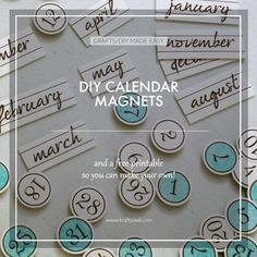 Calendar Magnets: Learn how to make these awesome Calendar Magnets for your whiteboard and get a free printable to make your own set!