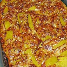 Grilled vegetables in fruity tomato sauce Source by safrida Zucchini, Vegetable Casserole, Grilled Vegetables, Tomato Sauce, Pepperoni, Pizza, Food, Dried Tomatoes, Grilled Veggies