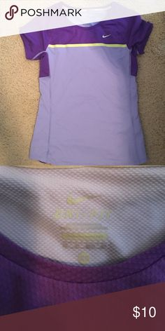 Nike workout shirt Purple t shirt great for workouts. Nike Tops Tees - Short Sleeve
