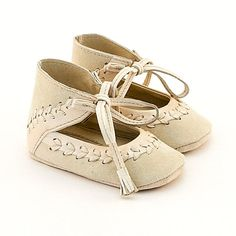 Beige leather baby shoes with leather stitch by Vibys on Etsy, $55.00
