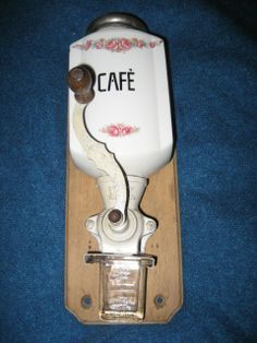 Great Coffee - The World Of Coffee Antique Coffee Grinder, Coffee Grinders, Nut Cheese, Great Coffee, Le Moulin, Coffee Cafe, Coffee Beans, Food Art, Just In Case
