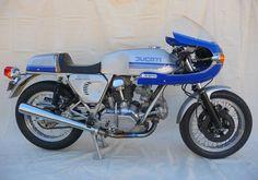 Ducati 900 SS Desmo