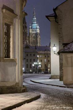 At Hradčany, Prague, Czechia Most Beautiful Cities, Beautiful Buildings, Wonderful Places, Places Around The World, Around The Worlds, Prague Architecture, Visit Prague, Prague Travel, Prague Czech Republic