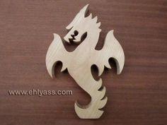 Sculpture en bois massif Dragon en chantournage