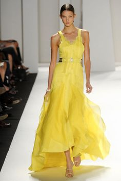 My Obsession - Carolina Herrera Yellow Fantasy - Munaluchi Bridal Magazine