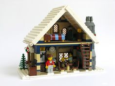 LEGO Winter Cafe - building instructions and parts list. Lego Christmas Sets, Lego Christmas Ornaments, Lego Christmas Village, Lego Winter Village, Lego Village, Christmas Presents, Lego Gingerbread House, Lego Furniture, Cool Lego Creations