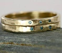 swoonworthy diamond and gold wedding band.