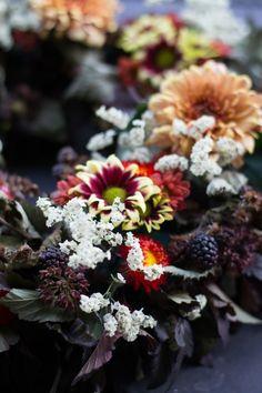 Porsaan sisäfilettä rakuuna-sinappikastikkeessa – Keittiössä, kotona ja puutarhassa   Meillä kotona Food And Drink, Plants, Plant, Planets