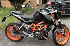 Thiis is my KTM Duke 390. I didn't like the Toys R us look so removed most the decals and added a less is more one. I think it looks loads better.