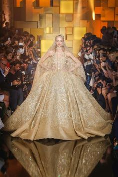 Elie Saab Fall/Winter 2016 Couture