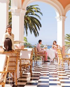 Experience a world of timeless indulgence at Belmond Reid's Palace, one of the most celebrated luxury hotels in Madeira. Best Resorts, Best Hotels, Luxury Hotels, Portugal Travel, Portugal Trip, Douro Valley, Great Hotel, Spanish Style, Hotel Spa