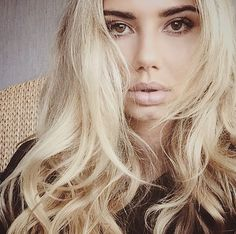 Sahara Ray - pretty makeup and hair