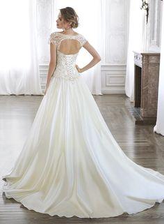 I MUST HAVE THIS DRESS!!!! Ashton, Ashton Marie - by Maggie Sottero