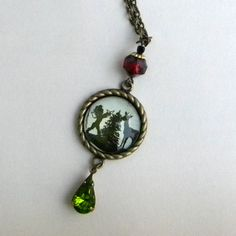 Christmas Necklace  Vintage Silhouette  DECORATING the by Msemrick, $28.00