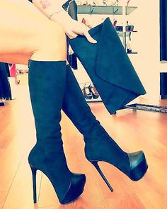 😍😍❤ Thigh High Boots Heels, Stiletto Boots, Knee Boots, Heeled Boots, Bootie Boots, Sexy Boots, Tights And Boots, Only Shoes, Womens High Heels
