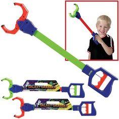 Judah:Toysmith Galaxy Grabber Robot Claw Colors May Vary Toysmith http://www.amazon.com/dp/B000J0XWEM/ref=cm_sw_r_pi_dp_MbOuwb1W40H4A