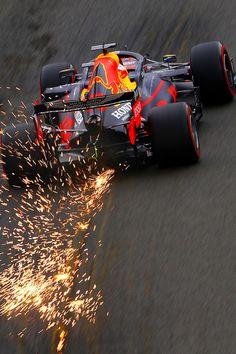 Formula 1 Iphone Wallpaper, F1 Wallpaper Hd, Wallpapers, Red Bull Racing, F1 Racing, Racing Team, Mustang Tuning, Max Max, F1 News