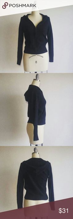 GAP Black Soft Cashmere Zip Up Hooded Sweater Simple and stylish sweater from GAP is perfect for the colder seasons,  pairing it with any outfit.  Very soft, made of 100% Cashmere. It is a size small and true to size. Great, like new condition. GAP Sweaters