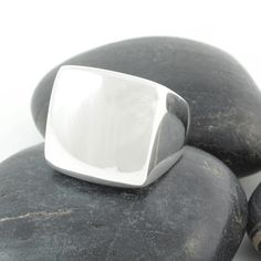 Square silver top ring