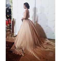 Like a mid century painting coming to life! #couture @houseoflaurel #9thstarmagicball #StarMagicBall2015