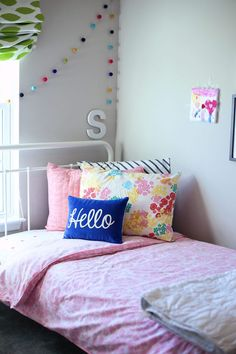 Shared Boy and Girl Room. Try these ideas for a cute organized shared bedroom. By Twist Me Pretty Boy And Girl Shared Bedroom, Boy Girl Room, Shared Bedrooms, Baby Bedroom, Baby Boy Rooms, Awesome Bedrooms, Girls Bedroom, Bedroom Ideas, Bedroom Inspiration