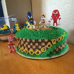Sonic the Hedgehog birthday cake Bolo Sonic, Torta Sonic, Sonic Birthday Cake, 4th Birthday Cakes, Carnival Birthday, Sonic Dash, Sonic Boom, Sonic The Hedgehog Cake, Hedgehog Birthday