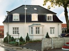 Tegelpanna - Hollander Home Focus, Nordic Home, Villa Design, Garden Pool, Home Fashion, Exterior Design, My House, Building A House, Beautiful Homes