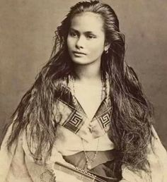 100 year old photos of the most beautiful women of the last century - Beauty Women Native American Women, Native American Indians, Vintage Photographs, Vintage Photos, Philippine Women, Filipino Culture, Vintage Beauty, Old Women, Belle Photo