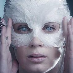 organza wing mask