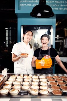 Vi er Norges første Pie Shop, lager søte og 'savoury' pies fra bunnen av hver dag.