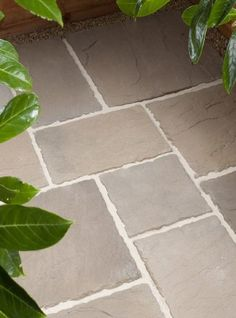 Westminster Stone's Town & Country Autumn Gold Flagstones are buff/cream in colour, and are manufactured riven paving flags. Paving Stone Patio, Patio Slabs, Garden Paving, Paving Stones, Flagstone, Patio Tiles, Paving Flags, Stone Town, English Country Gardens