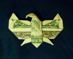 Origami Gifts, Origami Love, Money Origami, Origami Design, Origami Stars, Origami Paper, Origami Flowers, Fold Dollar Bill, Dollar Bill Origami
