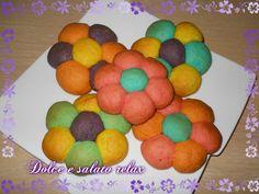 BISCOTTI DI FROLLA <3  #dolceesalatorelax #homemadeitalian #lemaddine #biscotti #colori #homemade #dessert #pastafrolla #cookies #colors #