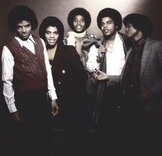 Vicky on the dance floor The Jackson Five, Randy Jackson, Jackson Family, Berry Gordy, Photos Of Michael Jackson, You Are The Sun, I Like Him, Family Bonding, The Jacksons