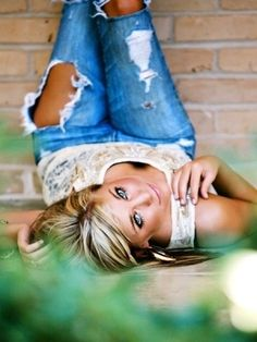Senior Picture Ideas For Girls | girl senior picture ideas - Google Search by Needabreakfromhere