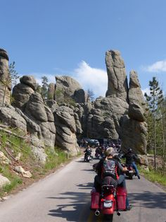 Needles Hwy, South Dakota. Sturgis Rally 2014 mail forwarding where ever you are prizes and surprises happiness directory Let us Pursue your Happiness www.please-forward.com/1250