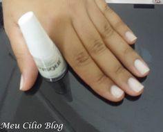 Boa noite gente tem unhas da semana lá no blog,vem ver :)   #nails #unhasdasemana #esmalte #renda #risqué